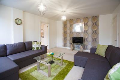 Three Bedroom Apartment with En-Suite, sleeps 6