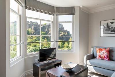 Superior One Bed Apartment - Chisholm Hunter Suites