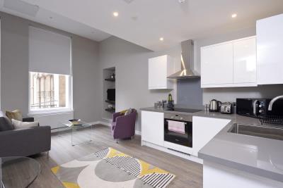 Superior Studio Apartment - Nelson Mandela Place