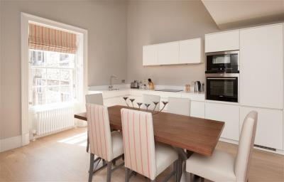 Deluxe Two Bedroom Apartment - Q-Residence