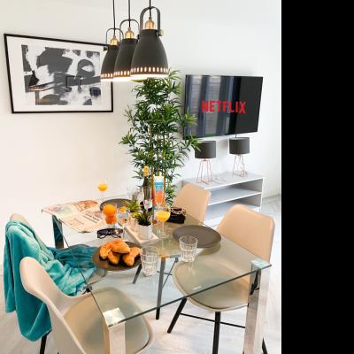 Three Bedroom Luxury House | Central & Garden 1245ST