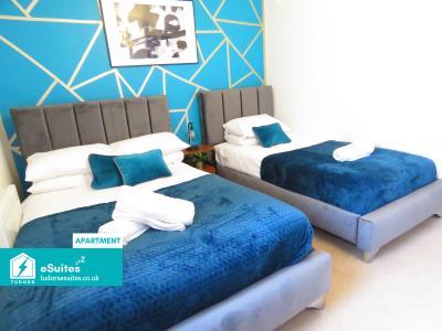 Tudors eSuites 2 Bed Apartment   Netflix & Views 118105B